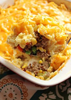 Hashbrown Hamburger Casserole, Cheesy Hashbrowns, Veggie Casserole, Potatoe Casserole Recipes, Ground Beef Casserole, Beef Dishes, Food Dishes, Main Dishes, Beef Recipes
