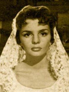 Martha Mijares (1938) Fue una actriz de la última etapa de la Época de oro del cine mexicano, considerada una de las heroínas por excelencia del cine juvenil de mediados de los años cincuenta.