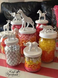 Best DIY Craft Ideas for Recyclable Glass Jars Jar DIY<br> You'll never look at glass jars the same! Crafts To Sell, Fun Crafts, Diy And Crafts, Crafts For Kids, Summer Crafts, Baby Crafts, Cork Crafts, Easter Crafts, Bottles And Jars
