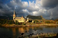 Vågan Church is de largest wooden church north of Trondheim, Kabelvag, Nordland_ North Norway