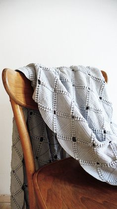 Vintage crocheted blanket Gray by lacasadecoto on Etsy