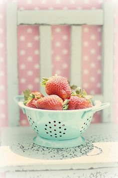 All sizes | Berry chair | Flickr - Photo Sharing!