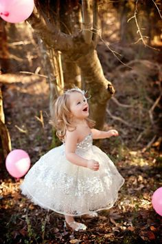 such a cute idea for your little girl's birthday shoot!