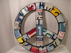 Great idea for old license plates courtesy of OldRedBarn on Etsy.com