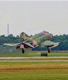 USAF McDonnell-Douglas F-4D Phantom II. Fighter Aircraft, Fighter Jets, Jet Girl, F4 Phantom, Navy Air Force, Aeroplanes, Vietnam War, Cold War, Military Aircraft