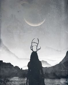 Neumond - The Witch In Me - Halloween Wicca, Magick, Fotografie Hacks, Photographie Portrait Inspiration, Witch Aesthetic, Artemis Aesthetic, Aesthetic Vintage, Archery Aesthetic, Aesthetic Outfit