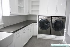 white-and-black-laundry-room.jpg (1600×1066)