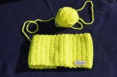 Fascetta giallo fluo di Papilau su Etsy