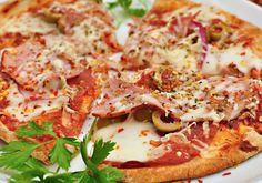 No Dia da Pizza, veja receita de massa caseira, de liquidificador e de tapioca