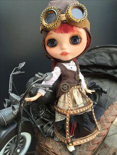 Steampunk Blythe, Blythe doll