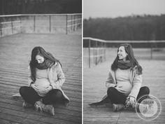 http://dreameyestudio.pl/  #dreameyestudio #b&w #lake #water #happymother #beautifulmother #youngmother #blackandwhitephotography #maternityphotography #maternitypictures #fallmaternity #maternity