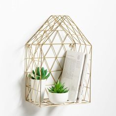 The geometric design of this Funaya metal wire wall shelf will bring a stylish t. - Room The geometric design of this Funaya metal wire wall shelf will bring a stylish t… – Room – Wire Wall Shelf, Wire Shelving, Wall Shelves, Shelving Units, Wall Sconces, Living Room Decor On A Budget, New Living Room, My New Room, Cozy Living
