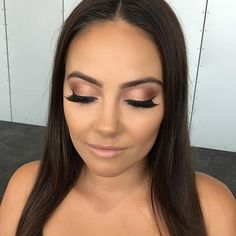 Rose Golds, Soft Browns & Light Pinks Beautiful Bridal inspired makeup #melissasassine #bridalmakeup Eyeshadow in 'Wana' & 'Savannah @maccosmetics Eyeshadows in 'All that glitters' & 'Soft Brown' LIPSTICK: 'Love Lace' @melissasassinecosmetics MODEL: Chloe