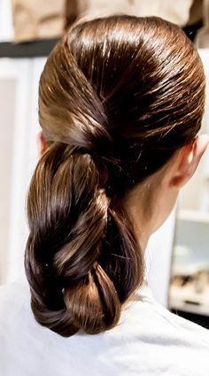 BRIDAL HOW-TO: The Weaved Chignon Updo