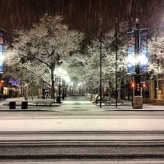 An early and very snowing morning on the Pearl Street Mall. #Boulder