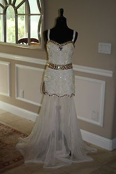 $640 NWT WHITE/GOLD JOVANI PROM/PAGEANT/FORMAL DRESS/GOWN 5954 SIZE 4