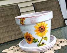 Painted flower pot sunflower decoupage planter Tuscan garden decor decorated terracotta gift for her farmhouse housewarming gift 7 Painted Clay Pots, Painted Flower Pots, Painted Pebbles, Pots D'argile, Plant Pots, Easiest Flowers To Grow, Terrarium Reptile, Housewarming Gifts, Terracotta