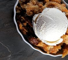 Apple Snickerdoodle Dump Cake...simple and easy to make.