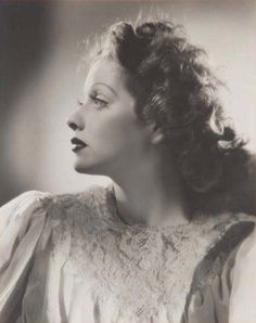 Lucille Ball..... @Eydie Stumpf she looks like Oma in this picture