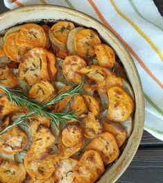 Fresh Potato, Sweet Potato Slices, Potato Pie, Healthy Potato Recipes, Sweet Potato Recipes, Vegetarian Recipes, Easy Recipes, Healthy Side Dishes, Side Dishes Easy