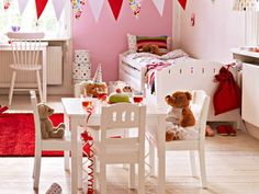 CUTEST table and chair .. perfect for a teddy tea party!