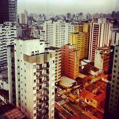 O mundo como eu vejo. (São Paulo, 16:40) Rua Frei Caneca em São Paulo, SP (13.01.2014)