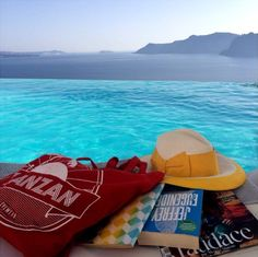 Spotted! Zanzan summer tote at the Katikies Hotel in Santorini, Greece! #zanzaneyewear
