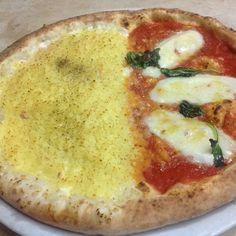 La pizzeria Shekkinah a Volla e la pizza fiocco #pizzafiocco #pizzeria #napoli #shekkinah @robyzio