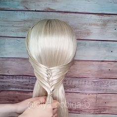 fishtail braid half up half down - Schöne Frisuren - Hairdos Ideas Pretty Hairstyles, Braided Hairstyles, Wedding Hairstyles, Curly Hair Styles, Natural Hair Styles, Hair Upstyles, Braided Half Up, Braid Half Up Half Down, Hair Videos