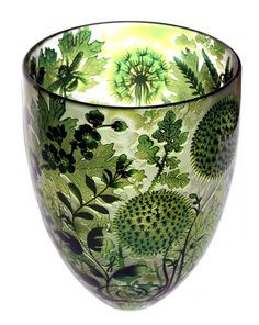 This is so unbelievably lovely! Jonathan Harris Studio Glass Ltd. Glass Vessel, Glass Ceramic, Jonathan Harris, Art Of Glass, Glass Design, Shades Of Green, Colored Glass, Art Decor, Stained Glass