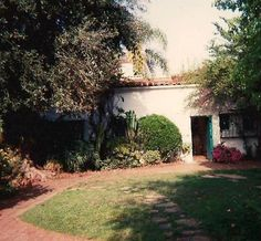 ★ Marilyn Monroe ♡ Old Hollywood ★ Marilyn Monroe House, Norma Jean Marilyn Monroe, Rise From The Ashes, Rare Images, Visit Mexico, Norma Jeane, Old Hollywood, Exterior, World