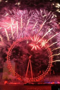 Many of us enjoy a firework display around the time of Guy Fawkes Night and the bonfire season. But how do fireworks actually explode? The Fifth Of November, Guy Fawkes Night, Gunpowder Plot, Best Fireworks, Bonfire Night, Effigy, Bbc Radio, Merry, England