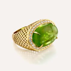 Ray Griffiths oval cabochon peridot ring, set in yellow gold Jewelry Box, Fine Jewelry, Jewellery, Jewelry Trends, Peridot, Designers, Jewelry Design, Deep, My Favorite Things