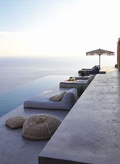Dream Summer House On Syros, Greece | Make money with ebooks: http://justearnmoneyonline.com/kindle-money-mastery-review/