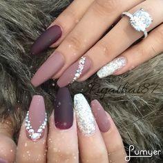 @lauu_lore Instagram #swarovskicrystals Las uñas más bonitas Citas en D.f