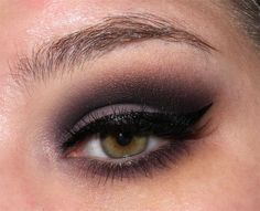 image from http://img.makeupalley.com/8/5/8/9/2672054.JPG