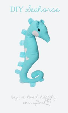 Make It: Seahorse Softie - Free Pattern & Tutorial #sewing #handmade #handmadehour