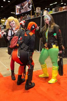 Arkham Harley Quinn by Sarahnade Cosplay, Deadpool by Futilesparkle cosplay, and Rogue by Riddler Batman Cosplay #C2E2