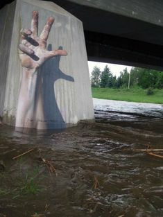 scary and impressive art http://funbindass.com/50-best-graffiti-and-street-art-of-2011/