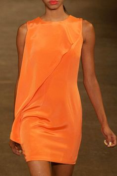 Christian Siriano Spring 2014 Ready-to-Wear Detail