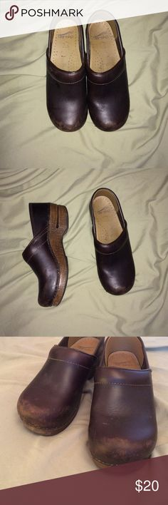 Cute clogs Kind of scuffed up on the front but doesn't look to bad Dansko Shoes Mules & Clogs