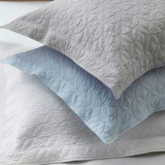 les 14 meilleures images du tableau peignoirs linge de bain sur pinterest coton egyptien. Black Bedroom Furniture Sets. Home Design Ideas