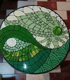Nice version of yin and yang Mosaic Tray, Mosaic Pots, Mirror Mosaic, Mosaic Wall, Mosaic Glass, Mosaic Tiles, Mosaics, Mosaic Stepping Stones, Stone Mosaic