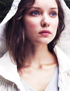 bbc musketeers queen anne | The-Musketeers-BBC-image-the-musketeers-bbc-36725960-1000-1300.jpg