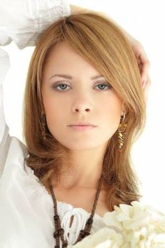 Medium Length Hair Styles For Women