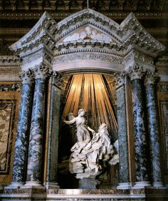Bernini, Ecstasy of Saint Teresa, Located in the Cornero Chapel, Santa Maria della Vittoria, Rome. It is a fantastic sculpture well worth a trip to Rome. Statues, Sainte Therese, Art Et Architecture, Gian Lorenzo Bernini, Steinmetz, Rome Antique, Baroque Art, Italian Baroque, Italian Artist