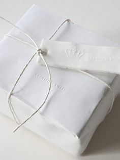 Love the simple gift wrapping