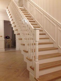 Trepid | Spoonitud Astmetega Trepp. Treitud Pulkadega Piire. Stairs