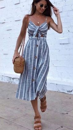Purse summer day outfits, date night outfit summer, long summer dresses, . Summer Day Outfits, Long Summer Dresses, Night Outfits, Summer Brunch Outfit, Spring Dresses, Mode Outfits, Trendy Outfits, Dress Outfits, Fashion Outfits