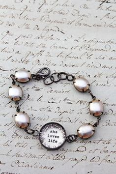 She Loves Life Pearl Bracelet